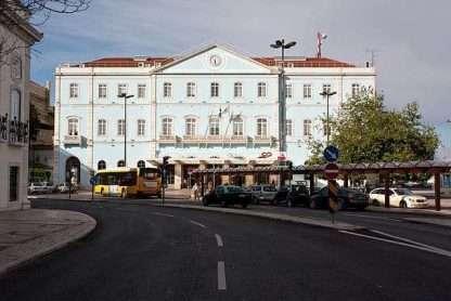 Santa Apolonia Station